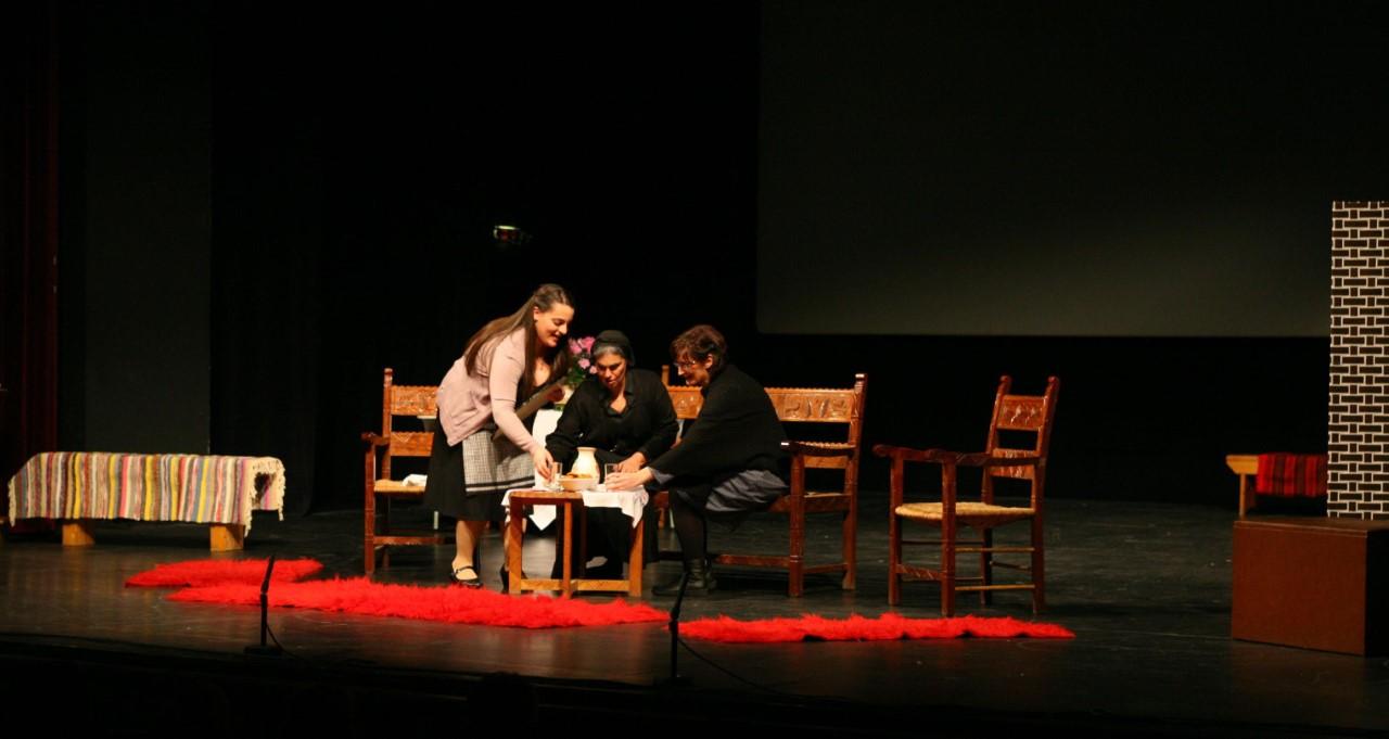 0eeb52f74c89 Θεατρική παράσταση της Αδελφότητας Κρητών Πειραιά «Η... - PeiraiasNews.gr